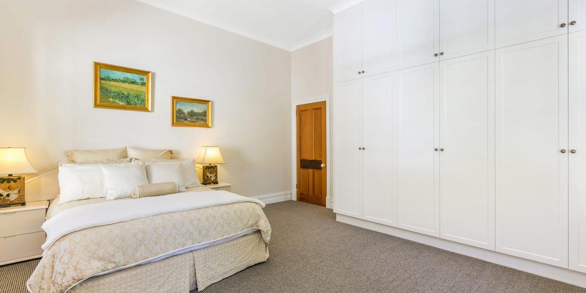 Custom bedroom furniture & wardrobes, Adelaide